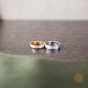 Yellow Gold Simple 9